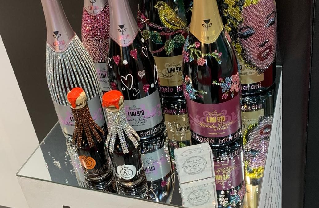 Collaborazione con Lini 910 per la realizzazione di bottiglie gioiello presentate al Vinitaly